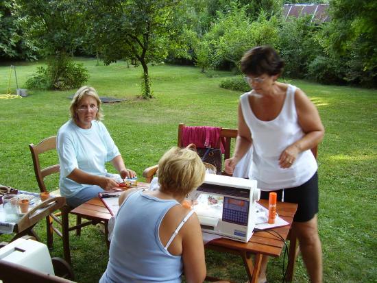 Casa Delser: donne al lavoro