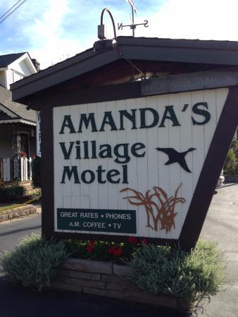 Amanda's Village Motel: Saranac Lake, NY motel