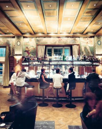 Laurin Bar