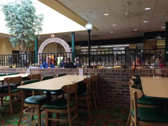 Marion S Piazza Marions Near The Dayton Mall