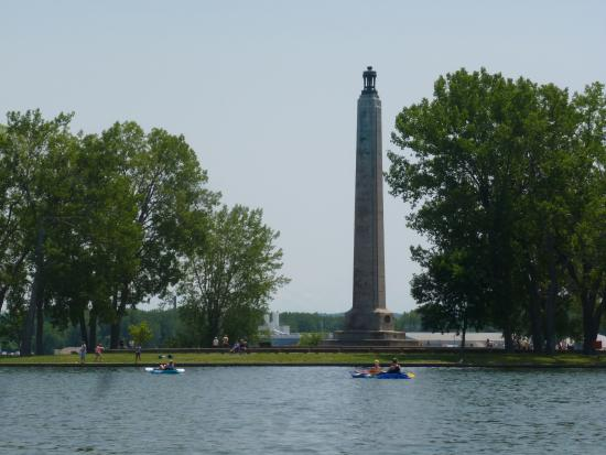 Park pics picture of presque isle state park erie for Plenty of fish erie pa