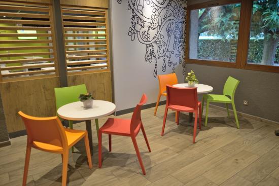 Ibis budget avignon nord le pontet updated 2017 hotel for Carrelage avignon le pontet