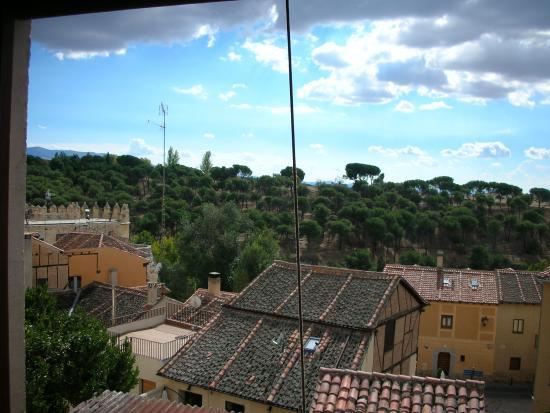 Hospedaje La Juderia: vistas ventana