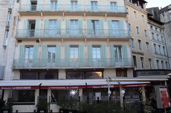 Chambre mercure picture of mercure avignon centre palais for Chambre avignon