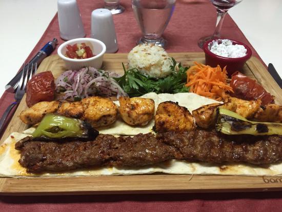 Chillies : Tavuk sis & Adana kebab