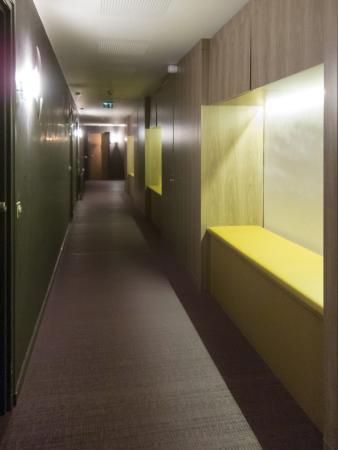 La Montagne de Brancion: Bedroom Corridor