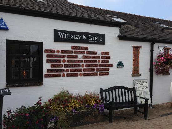Gretna Green Blacksmith Shop: Whiskey Shop