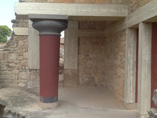 Il palazzo era a pi piani foto di il palazzo di cnosso for Palazzo a 4 piani