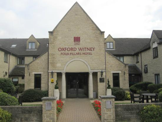 Hotels In Witney Oxford Rouydadnews Info