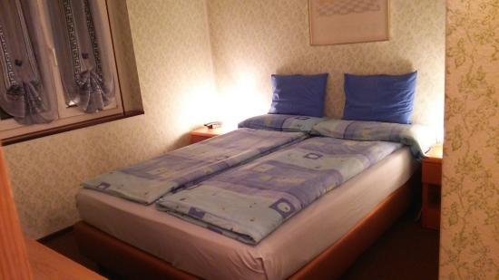 Albergo Svizzero: ベッドです