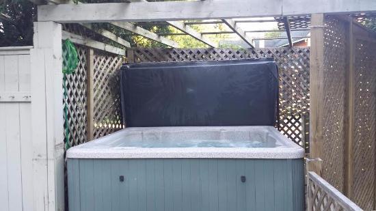 Westport, Kanada: Hot Tub!