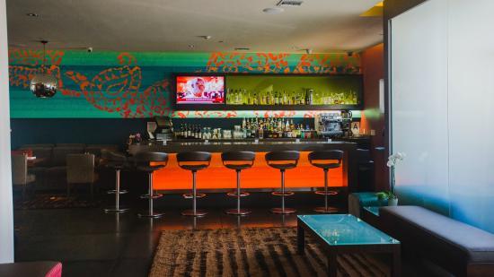 Sirtaj Hotel: Hotel bar