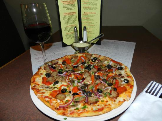 Kitchen Sink Pizza - Picture of Cody\'s Cafe and Bar, Denver ...