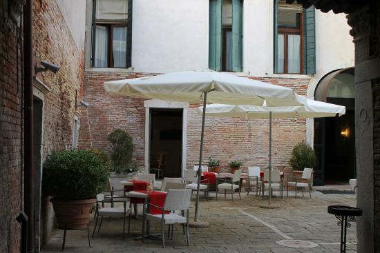 Hotel Palazzo Contarini Della Porta Di Ferro Venise