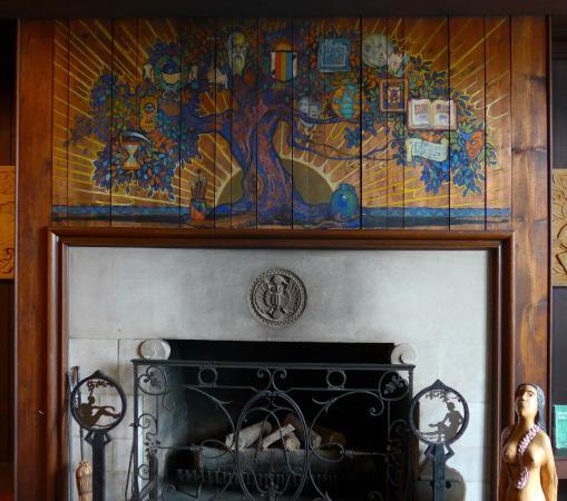 Scarab Club fireplace