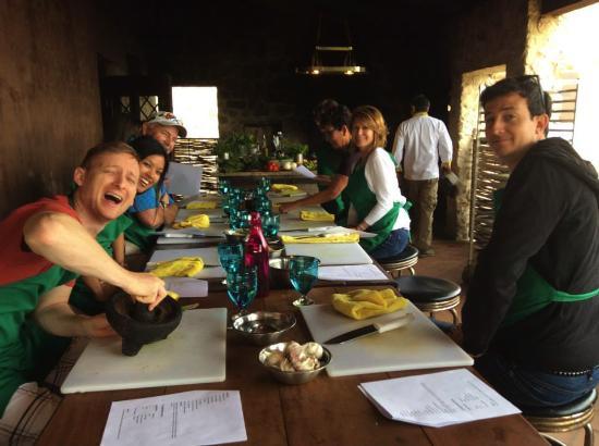 Organic Farm Tour at Huerta Los Tamarindos: Tyler making quac