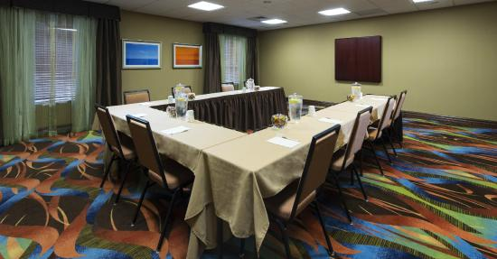 Hampton Inn & Suites Pensacola I-10 North at University Town Plaza: Meeting Room