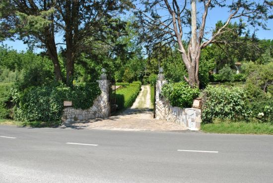 Ingresso giardino picture of b b villa ida capranica - Ingresso giardino ...