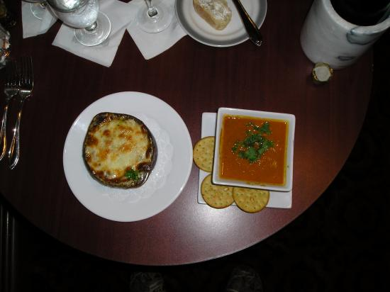 Berkeley Springs, WV: French Onion Soup (L) and Curried Vegetable Soup (R)