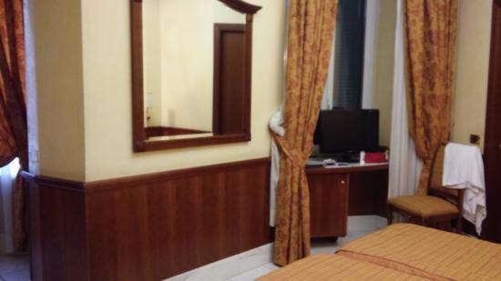 Hotel Hiberia: Наш номер