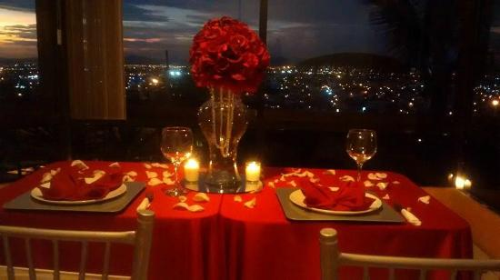Contamos con paquetes de cena romantica picture of for Restaurante celestino culiacan