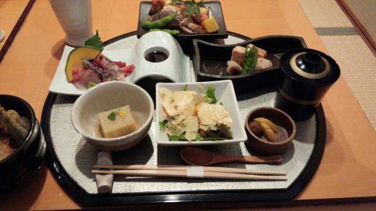 Japanese Dining Takumiya