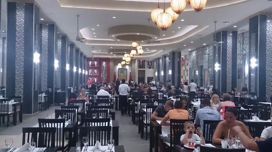 Hotel Riu Cancun Buffet Restaurant