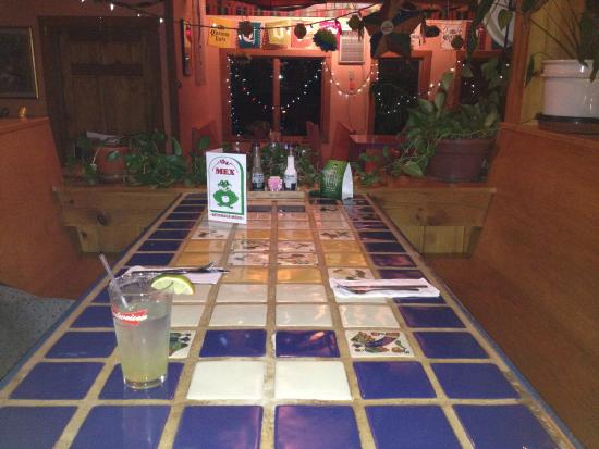 Ellsworth, ME: The Mex is like being beemed to San Antonio and the menu is a foodies dream! I love the atmosphe