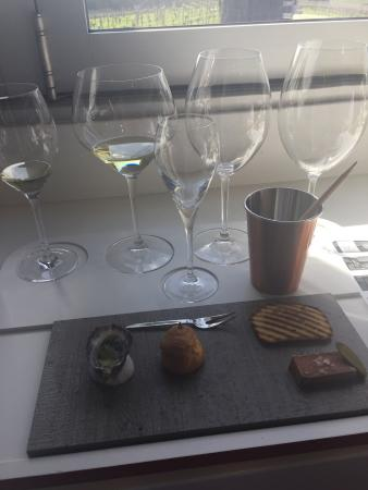 Amazing wine tasting gathering experience - highly recommended
