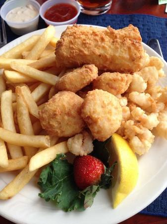 Southport, ME: Seafood Sampler
