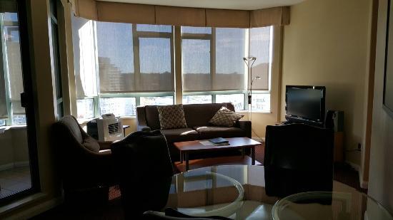 2 Bedroom Suite Picture Of Executive Hotel Vintage Park Vancouver Tripadvisor
