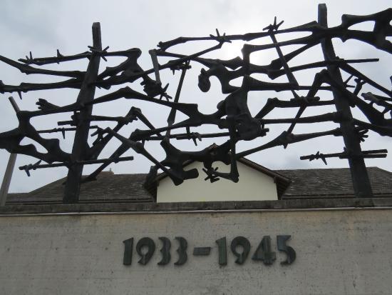 Νταχάου, Γερμανία: Symbol of the Concentration camp at Dachau, Munich.