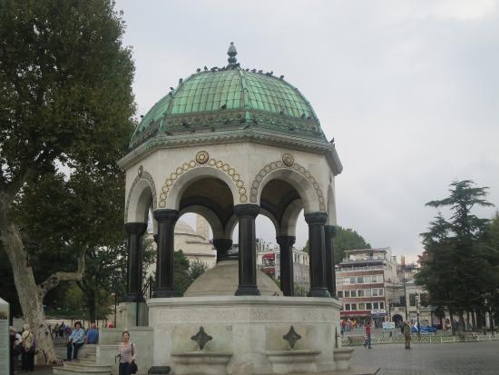 welheim - Picture of Fountain of Kaiser Wilhelm II ...