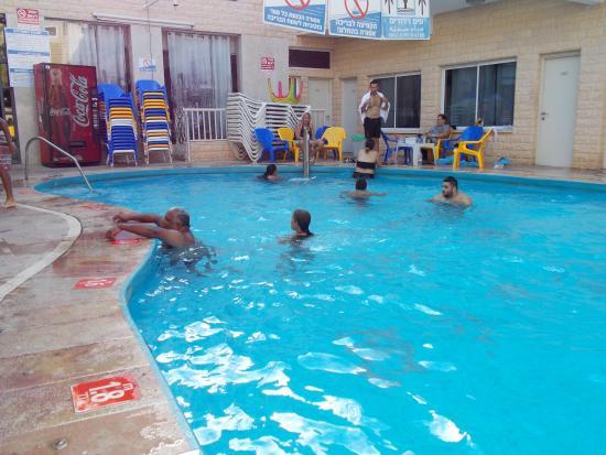 Red Sea Hotel: После моря можно и в бассейн