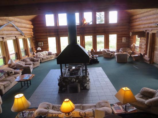Glacier Bay's Bear Track Inn: Living Room