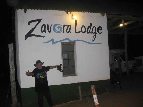 Zavora Lodge: entry