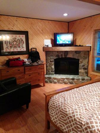 Wild Pacific Ocean Front Cabins: Cabin