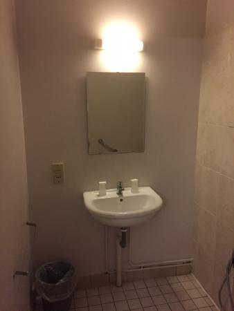 Hotel de la Basse Sambre: Room 102