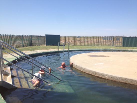 Burren Junction Bore Baths: Burren Junction Artesian Bore