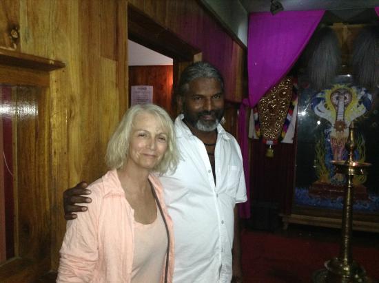 Ayurveda Yoga Villa: Avec Ajith