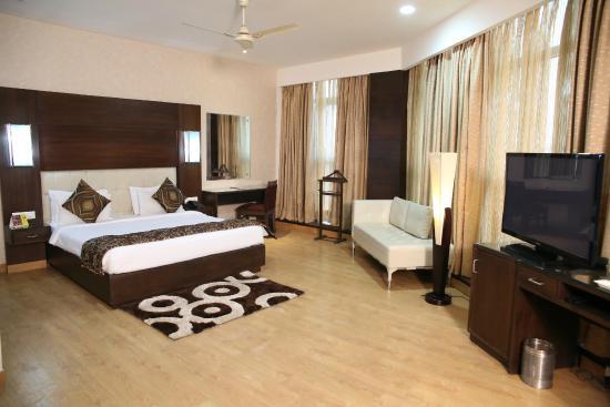 AMR Hotel