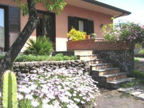 Photo of B&B Sotto il Vulcano Nicolosi