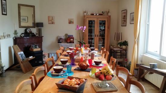 Le Relais De Libreval: le petit déjeuner