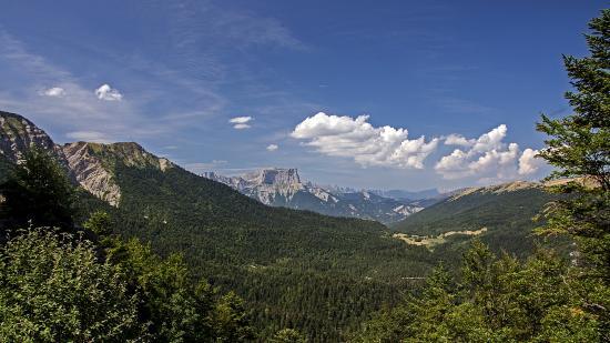 Рона-Альпы, Франция: дорога в Альпах