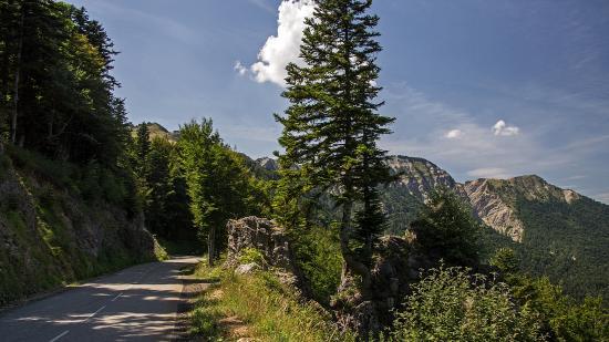 Rhône-Alpes, Francia: дорога в Альпах