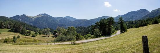 เรเน่-แอลป์, ฝรั่งเศส: дорога в Альпах
