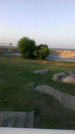 Shekhawati, Inde : Garden and swimming pool at top
