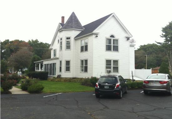 The Victoria Inn: The Inn