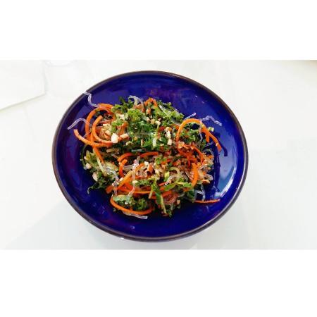 LivingFood Bistro & Cafe : KKK Salad