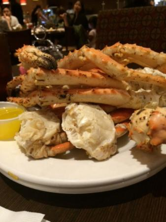 Golden Nugget Biloxi Steamed To Perfection Crabs